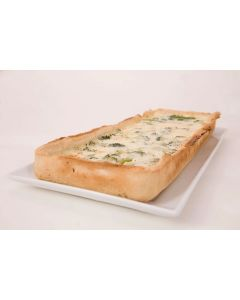 815401 Broccoli & Stilton Quiche Bar Uncut